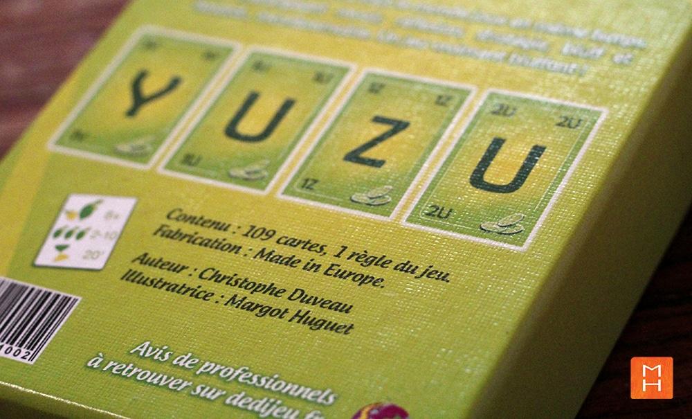 Jeu Yuzu de cartes à lettres recto de la boite illustrations par Margot Huguet et inventé de Christophe Duveau
